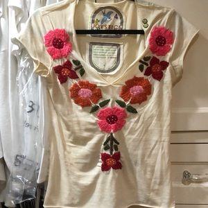 Joystick embroidered flower tshirt